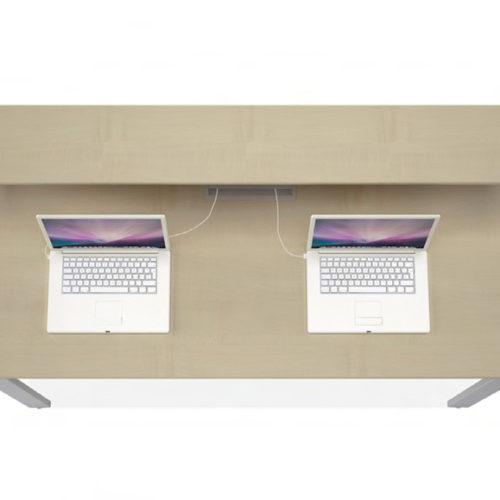 Desk-Esix-3